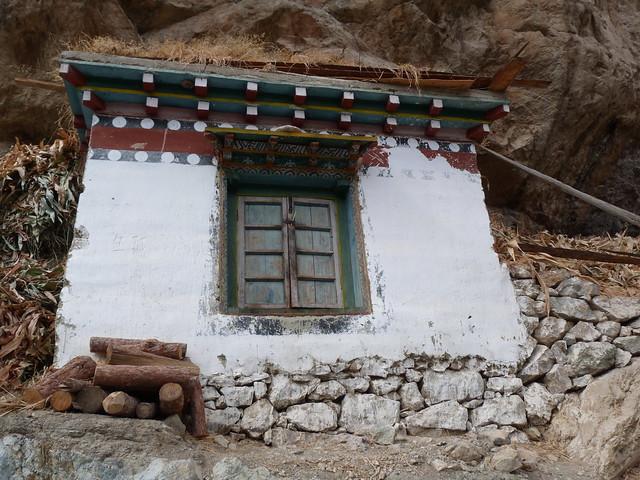 Arquitectura tibetana, la cual también está presente en Bután.