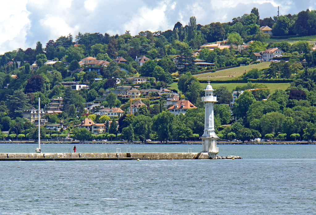 Switzerland-02547 - Les Paquis Lighthouse