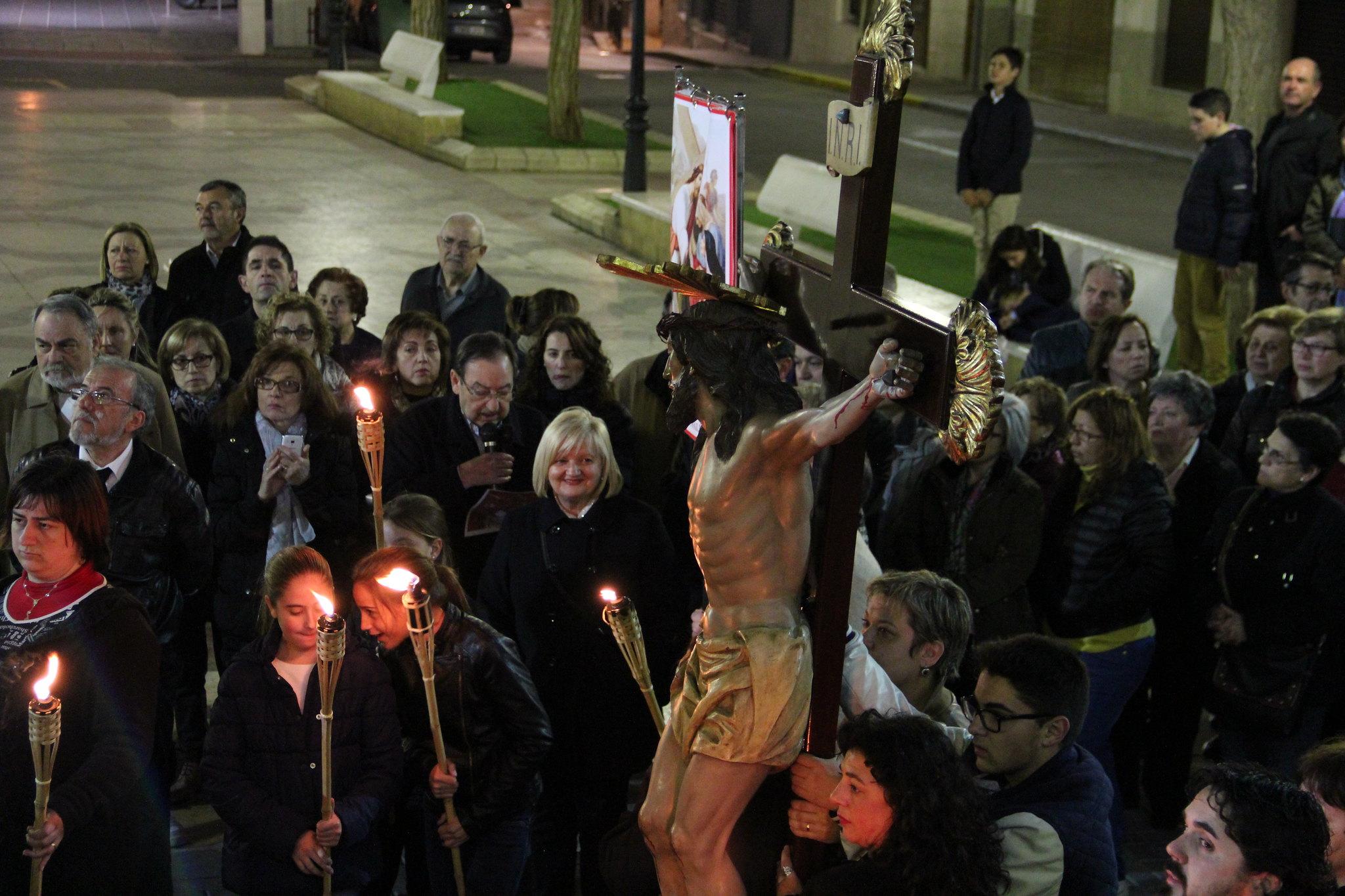 (2015-03-27) - VI Vía Crucis nocturno - Antonio José Verdú Navarro (54)