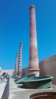 Grandi recipienti di cottura del Tonno | by S I C A N I A