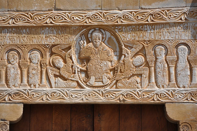 Sant Genís de Fontanes. Sculpted architrave over the main door of the church. 1019-1020.