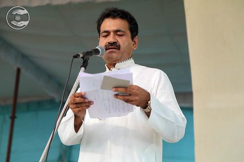 Stage Secretary, Manish Khanna from Delhi