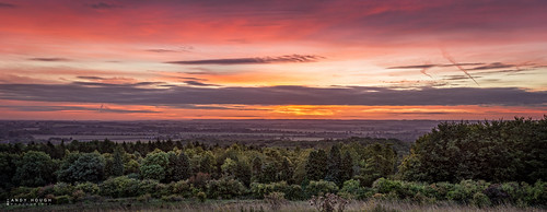 morning england sky panorama colour clouds sunrise landscape unitedkingdom outdoor pano sony gb tamron stitched lightroom stiching wittenhamclumps southoxfordshire littlewittenham a99 sonyalpha andyhough earthtrust slta99v andyhoughphotography tamronsp70200di