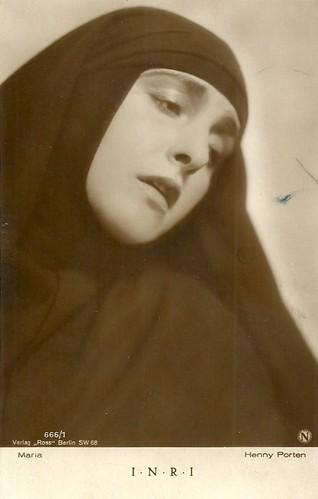 Henny Porten in I.N.R.I. (1923)