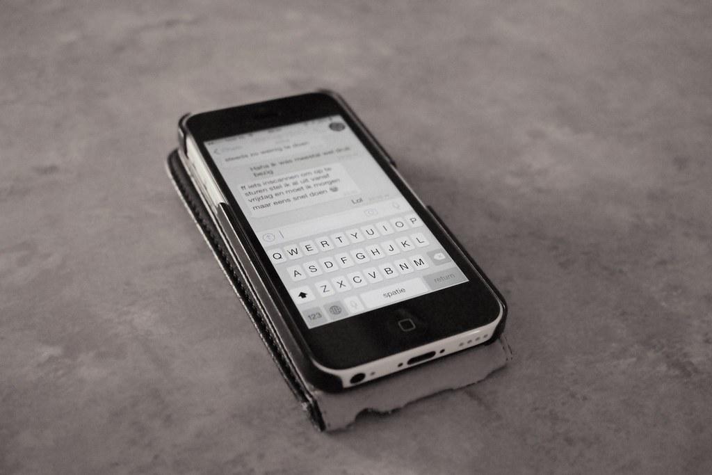 Messaging on smartphone