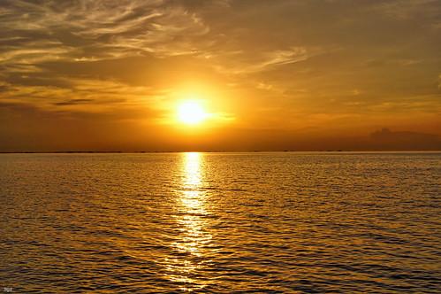 manila bay sunset philippines asia
