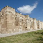 Sultanhanı Kervansarayi - exterior walls, summer court