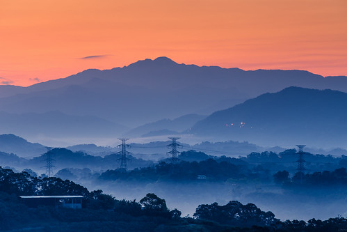 mountain fog sunrise dawn hsinchu 山 新竹 日出 霧 寶山 峨眉