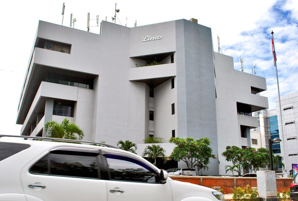 Gedung Lina