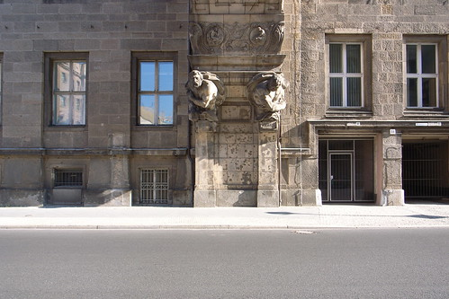 Berlin sidewalk sculpture