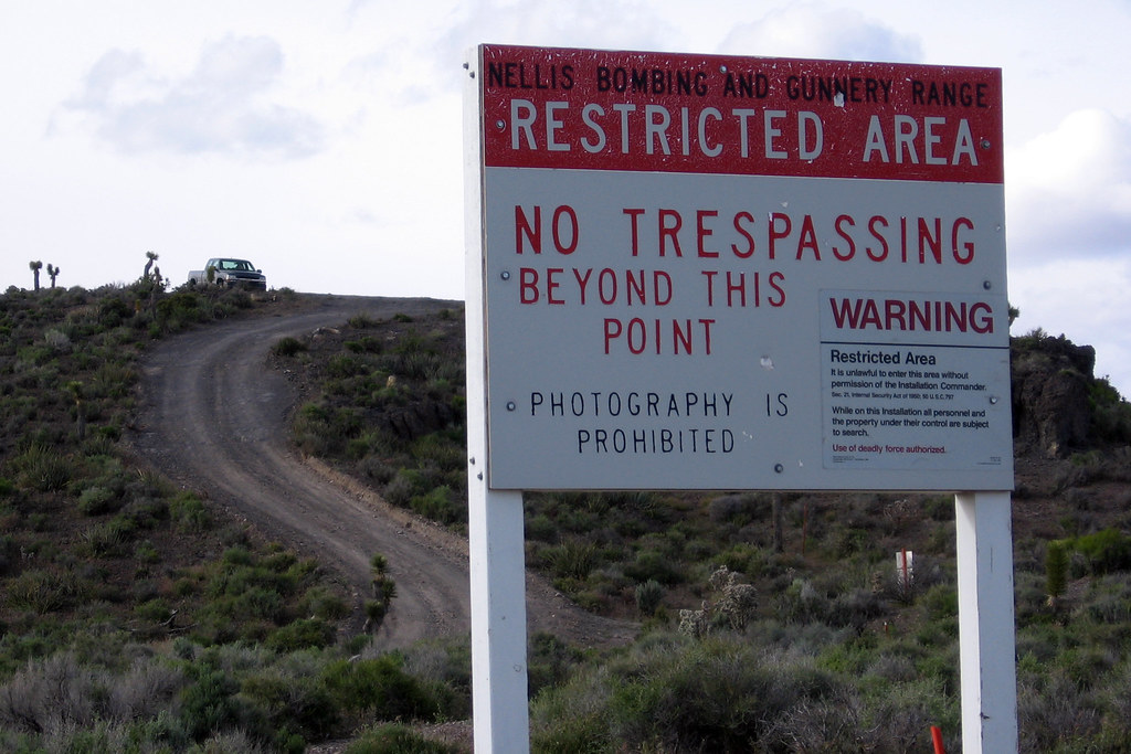 Area 51: II | Security detail watching/waiting/ready to use