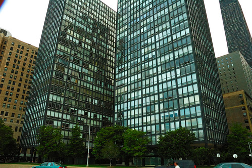 860-880 Lakeshore Drive, Chicago | by Scutter