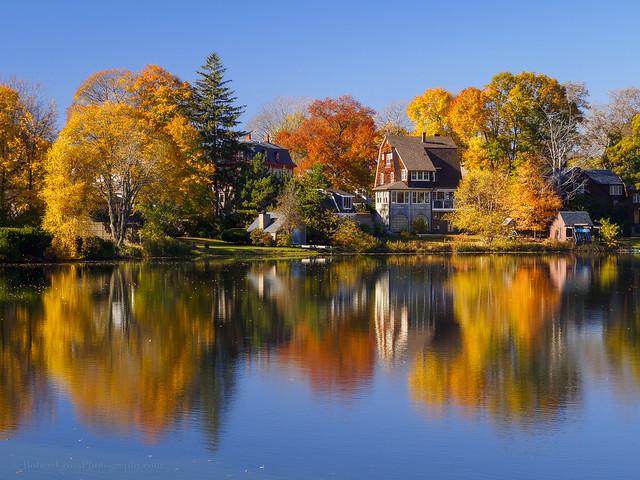 A Massachusetts November