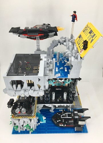 The Ultimate Batcave - The Lego Batman Movie