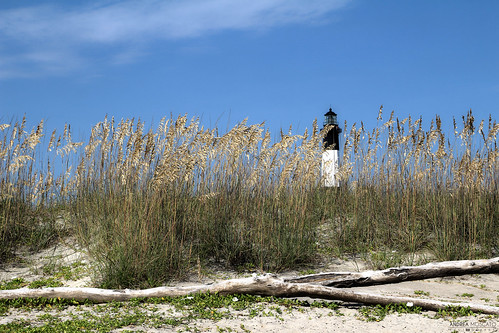 wood old blue light sky usa white green tower beach nature grass america landscape faro us sand view unitedstates natural natura shore cielo vista paesaggio eastcoast legno sabbia statiuniti naturale andreamoscato