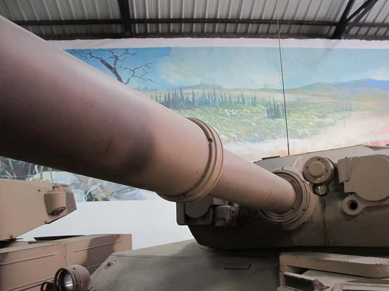 AMX-10RC 8