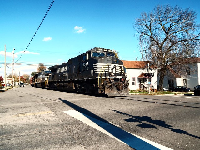 Street running at Warsaw Indiana on the Marion Branch