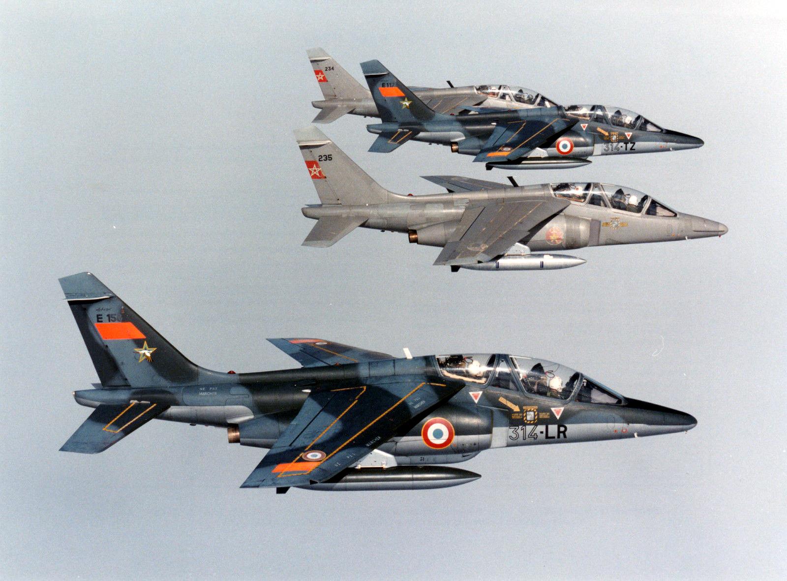 FRA: Photos avions d'entrainement et anti insurrection - Page 9 31306251576_02b5ae7643_h