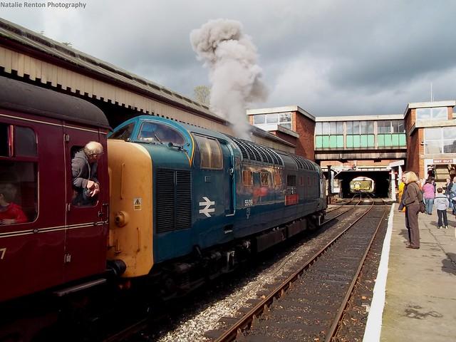 55019 (16-10-11) Deltic Gathering at East Lancs Railway