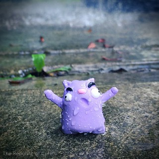 Methinks it's raining. I like the rain! #therepublicofcute #cleveland #cle #arttoy #designertoy #toyphotography #toydesign #monsterkolor #smoothon #toy #resintoy #resincasting #resin #sculpture #ArtToys | by Karly West