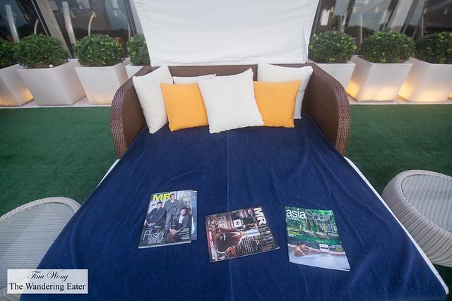 Veuve Clicquot Sunset Lounge