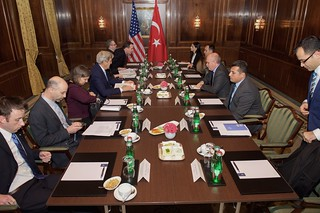 Secretary Kerry Meets With Turkish Foreign Minister Sinirlioglu Before Bilateral Meeting in Austria Focused on Syria