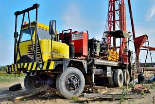 camion allestimento trivella 23032006689_c80228fc71_n