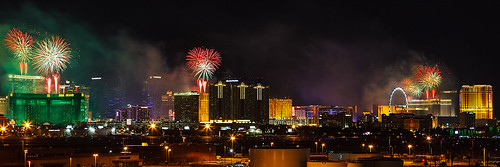 Las Vegas New Year's Eve Fireworks | by James Marvin Phelps