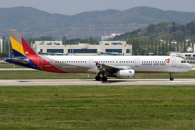 A.321-231 C.n 1174 'HL8236' Asiana Airlines