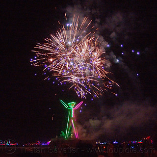DSC09830 - Fireworks Above the Man - Burning Man 2015 | by loupiote (Old Skool) pro