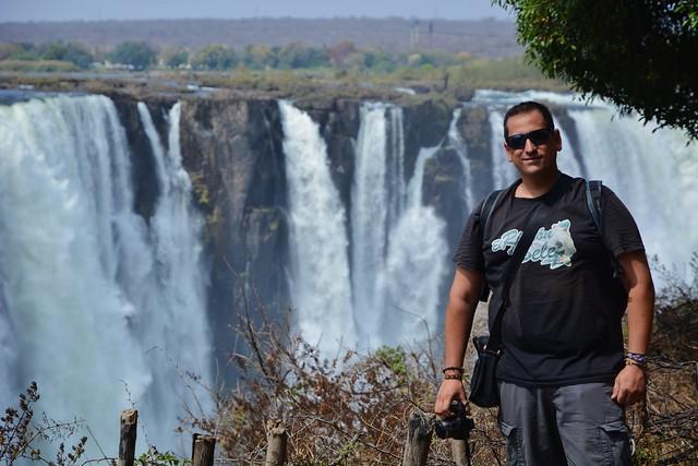 Sele en las cataratas Victoria (Lado de Zimbabwe)