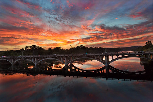 bridge autumn sunset red sky orange clouds austin boulevard texas bracket lamar