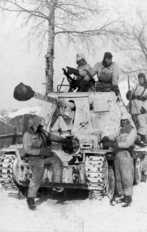Marder III Tank Destroyer and crew