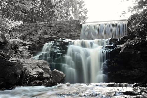 longexposure travel blue blackandwhite nature water photography waterfall nikon pennsylvania dam pa waterfalls slowshutter nikkor colorsplash spillway photooftheday hickoryrunstatepark nikonphotography nikkorafs1855 nikond7200 stametzdam