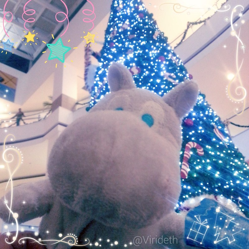 Is still Christmas, and tomorrow the last day of year .  With Moomin at #CDMX