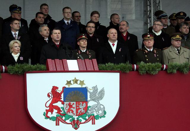 Latvijas Republikas proklamēšanas 98.gadadienai veltītā militārā parāde