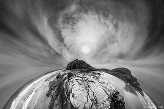 Sol e nuvens na Praia | by Jean Chad (facebook.com/jeanchadfotografia)