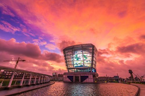 sunset sky cloud dusk hsinchu 新竹 typhoon 颱風 天鵝 火燒雲 世博館