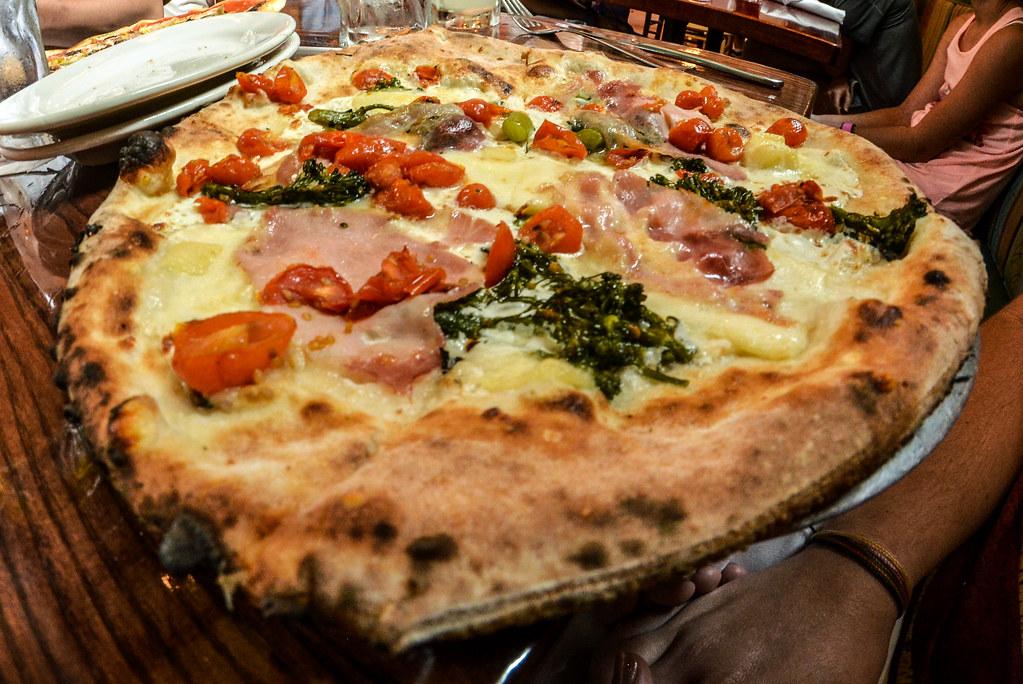 Melissa pizza Via Napoli