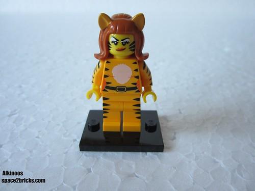 Lego Minifigures S14 femme tigre p1