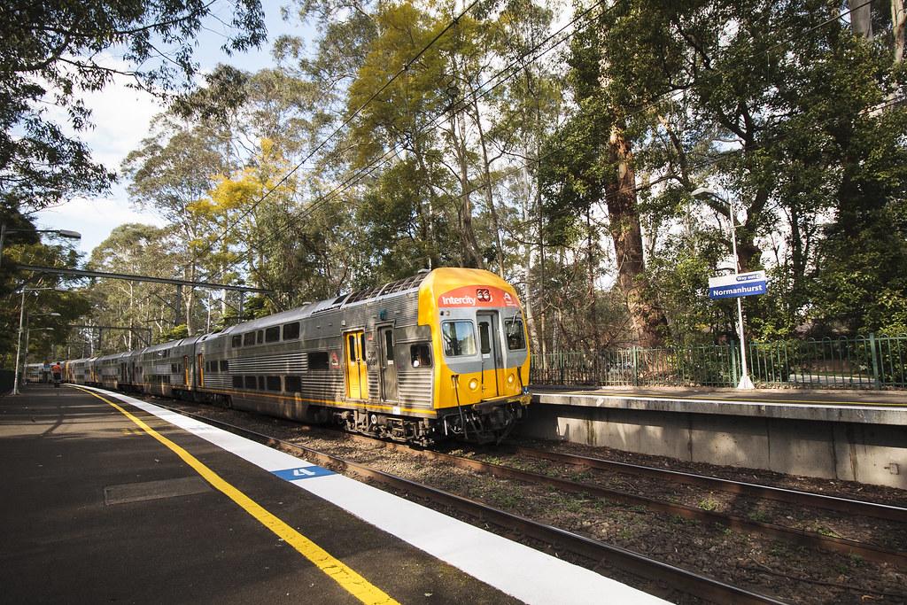 Hamilton-Sydney Express