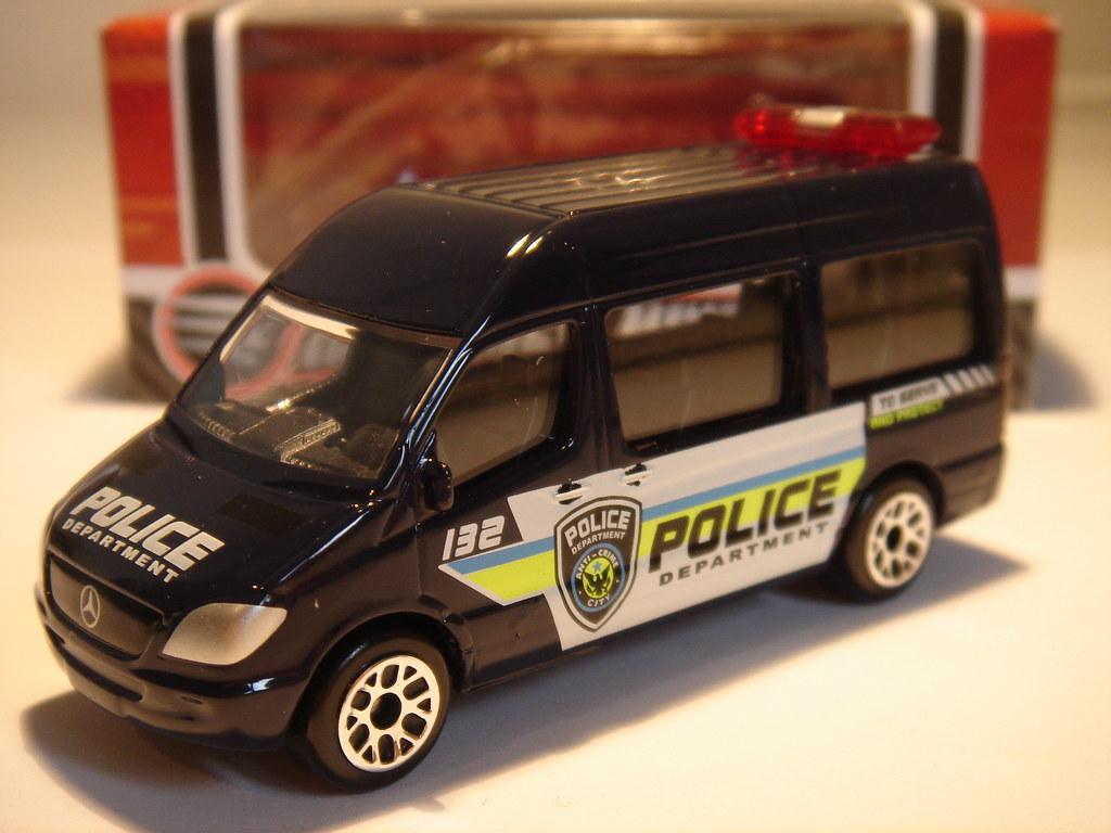 REALTOY MERCEDES-BENZ SPRINTER MK2 NO6 POLICE DEPARTMENT V ...
