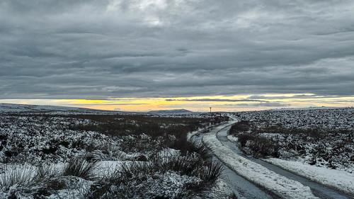 landscape landscapes longmynd shropshire snow road sunset sigmadp2 merrill