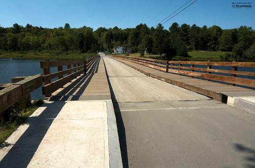 brookfield d7000 floatingbridge route65 sigma1224mm sunsetlake vermont