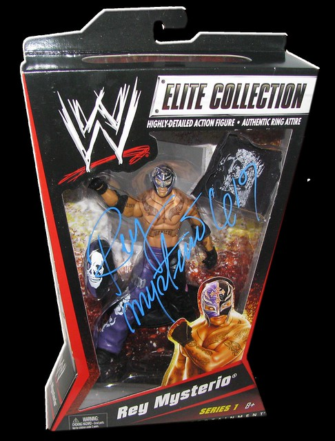 Rey Mysterio Autographed Mattel WWE ELITE COLLECTION Series 1 Figure
