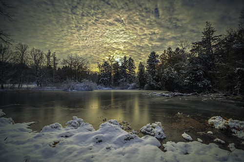 sun snow ice nature wisconsin canon landscape pond country parks milwaukee grantpark tamron snowscape icescape wideanglephotography southmilwaukee southeastwisconsin canon6d tamronspaf1024mmf3545diiildasphericalif