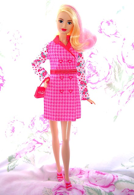 LA Girl in pink coat #1