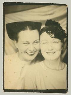 Photobooth two women