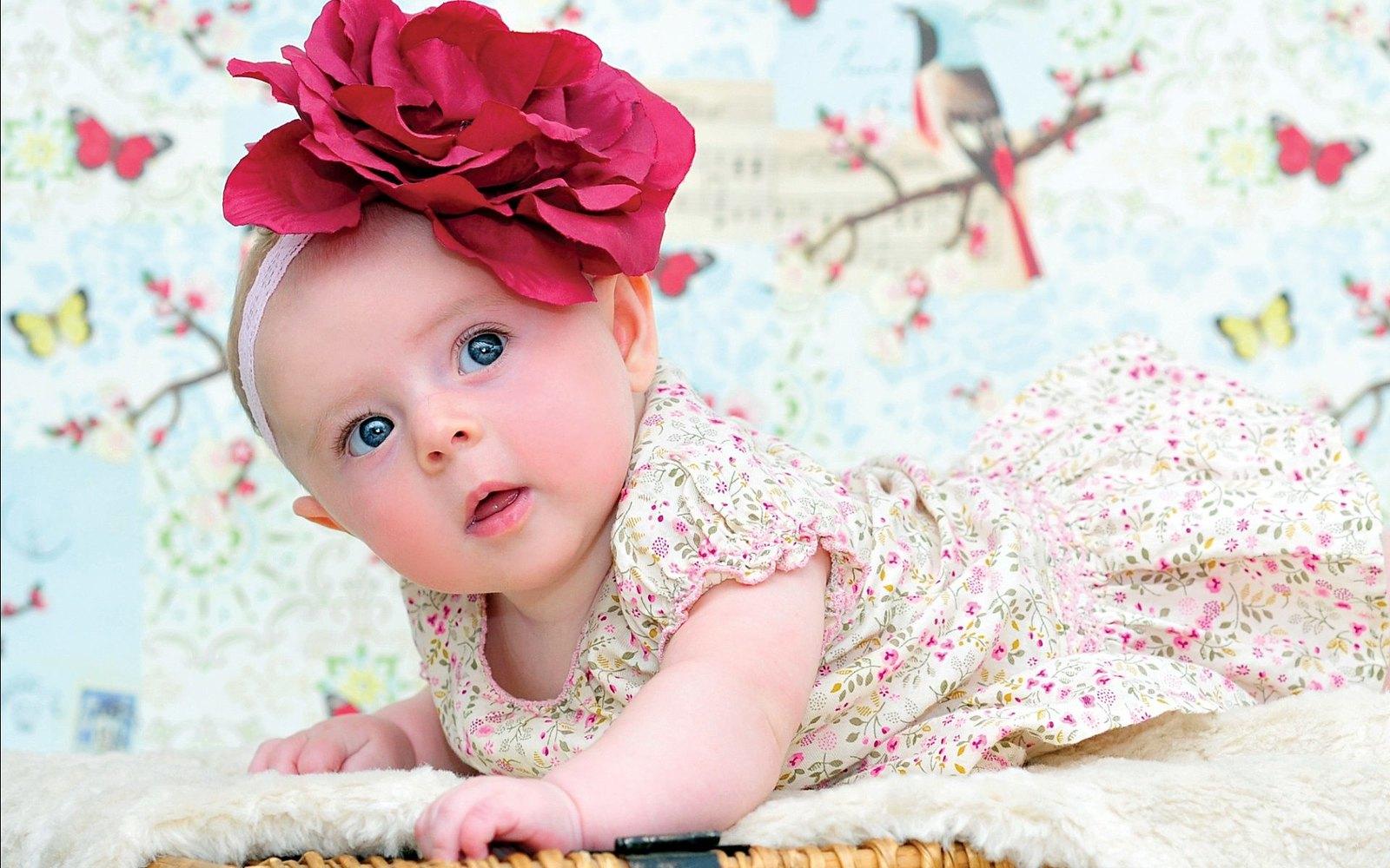 image of baby girl