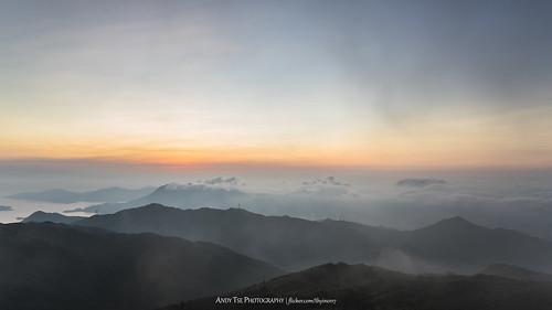 hk sun nature sunrise landscape hongkong scenery hiking 雲海 日出 taimoshan 大帽山 discoverhongkong